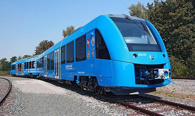 В Германии выполнил первый рейс поезд на водородном топливе