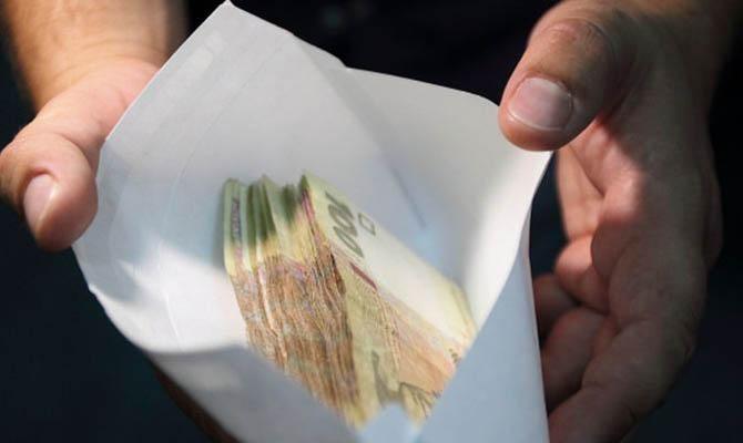 За весь 2018 год у коррупционеров конфисковали 5 тысяч долларов