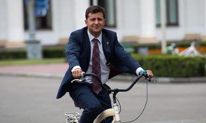 «Приговор пяти годам правления Порошенко». Что мировые СМИ написали о выборах в Украине