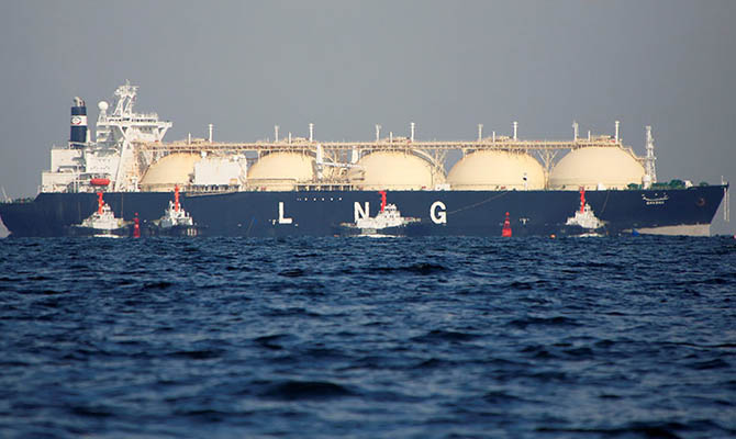 В Китае построят самый большой в мире танкер для перевозки СПГ