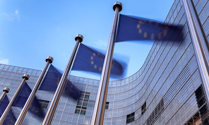 Еврокомиссия получила мандат на торговые переговоры с США