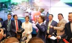 Зеленский заявил в видеообращении, что его победа объединила страну