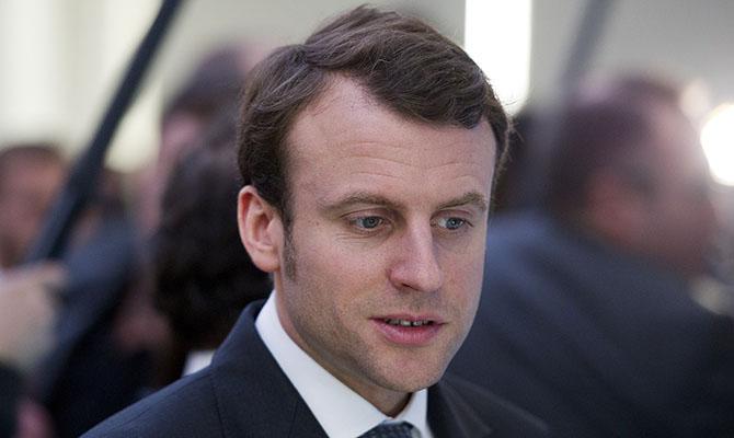 Макрон считает невозможным возврат России в G8 до выполнения «Минска»