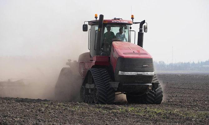 Почем в Украине продают землю