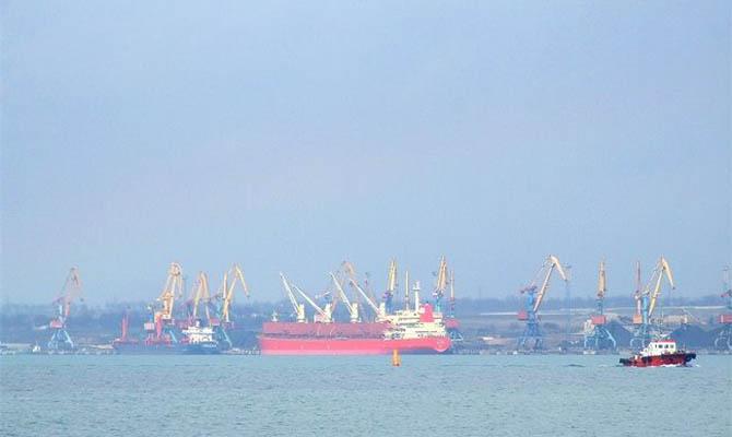 Причалы 5-6 порта «Южный» непригодны для эксплуатации из-за дноуглубления, – источник