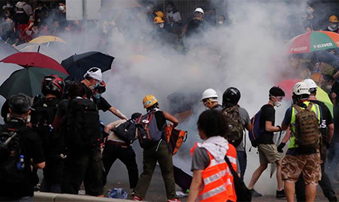 Китай призвал Евросоюз прекратить вмешиваться в дела Гонконга