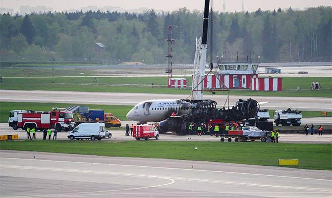 Россияне собираются переименовать самолет Superjet