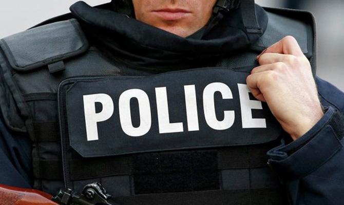 Полиция задержала лжеминера моста Патона в Киеве