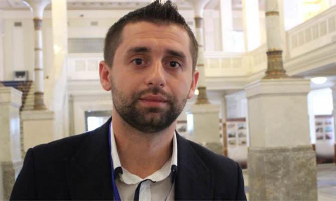 Арахамия будет ставить вопрос об исключении депутата Скороход из фракции «Слуга народа»