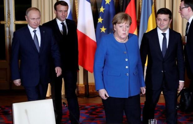 Встреча лидеров «четверки» в Париже затягивается – обсуждают итоговое коммюнике