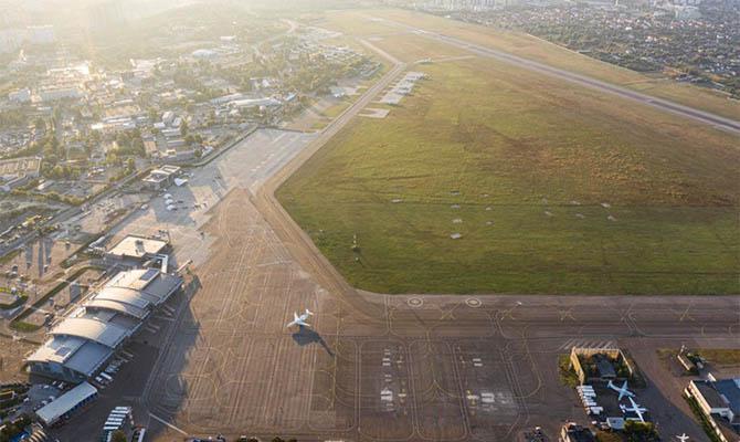 В аэропортах Киева и Одессы подделывали документы о ремонте самолетов