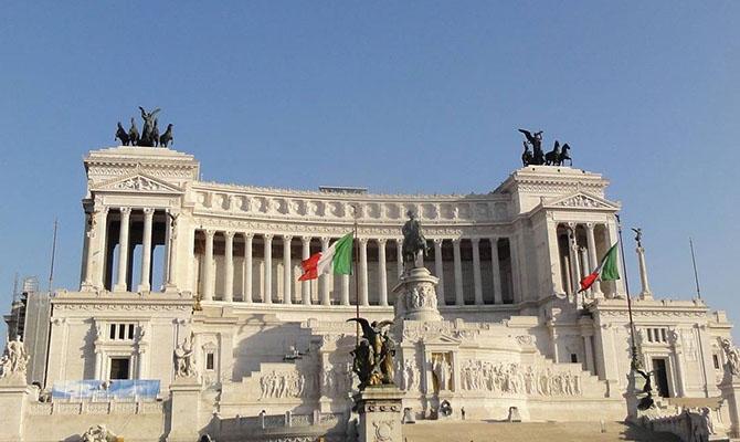 Италия выделяет €25 млрд на борьбу с коронавирусом и его последствиями