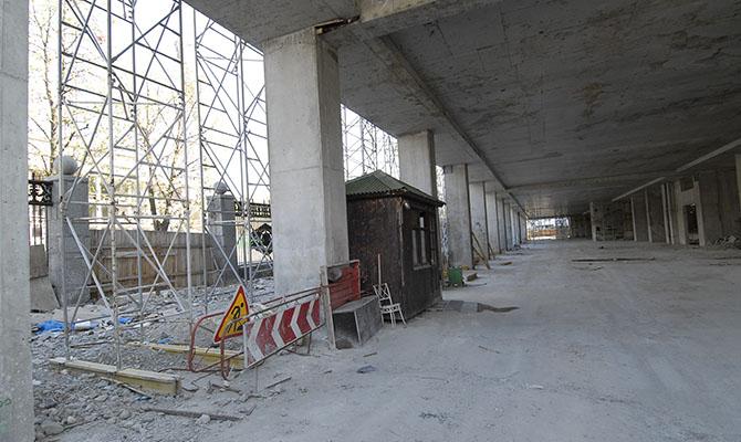В Польше без украинских рабочих начались проблему у строительной отрасли