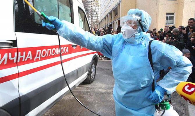 В Украине зафиксировано уже 1096 случаев заражения коронавирусом