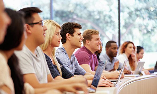 Студенты вузов закончат учебный год дистанционно, - МОН