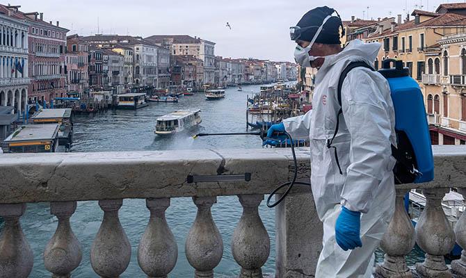 В Италии продолжает снижаться число заразившихся коронавирусом за сутки
