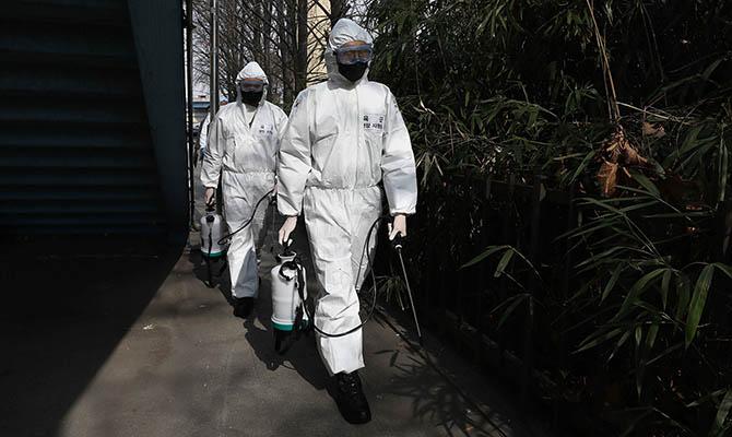 Разведка США не считает новый коронавирус искусственным