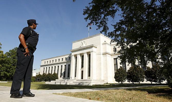 ФРС США не будет слушать Трампа и не введет отрицательную ставку