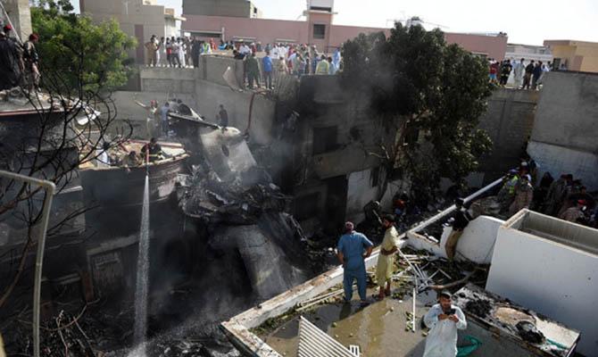 Авиакатастрофа в Пакистане: количество погибших увеличилось до 92
