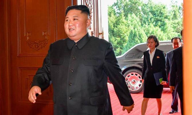 Ким Чен Ын впервые за три недели появился на публике