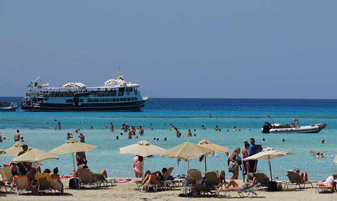 В Испании утвердили правила посещения пляжей