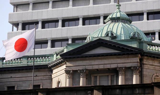 Япония направит еще один триллион долларов на поддержку экономики