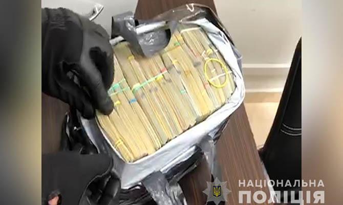 В Киеве полиция изъяла $400 тысяч воровского «общака»