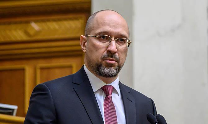 Премьер внес в Раду представления на новых министров