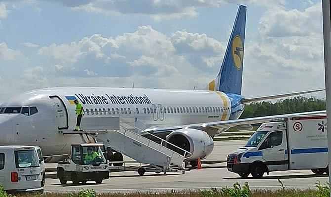 МАУ возобновляет регулирное авиасообщение между Киевом и Одессой