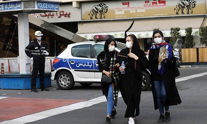 В Иране стремительно растет число инфицированных коронавирусом