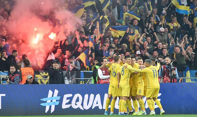 Экс-динамовцы о футбольной ВСК: «вы сами знаете, кто и против кого» развязал войну, но «спорт — вне политики»