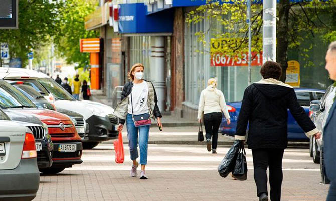 Украинцы уверены, что ситуация с коронавирусом будет ухудшаться