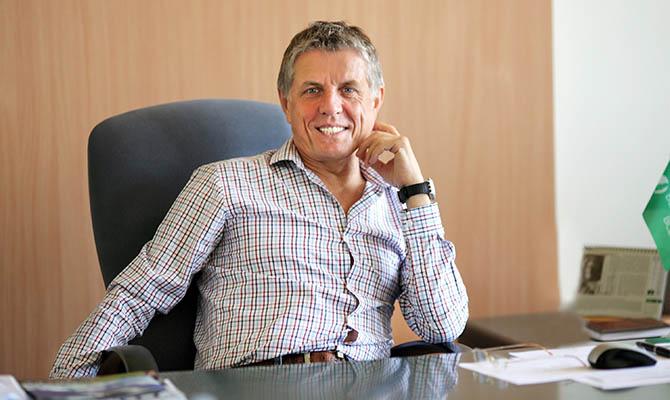 Сергей Политучий - французские СМИ возмущены участием почетного консула Франции в скандале с ТРЦ «Французский бульвар»