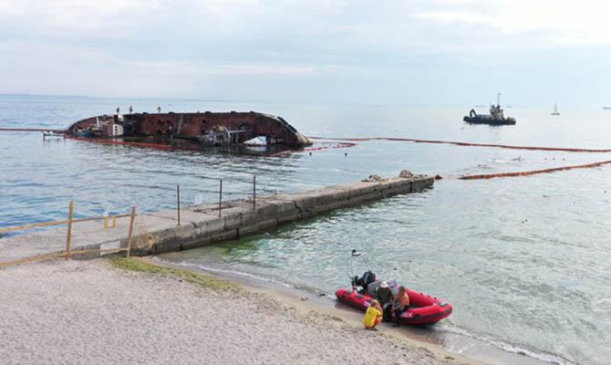 Очередная попытка поднять танкер Делфи завершилась неудачей