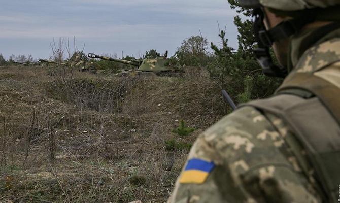 Российские наемники 4 раза обстреляли позиции ВСУ на Донбассе с начала суток