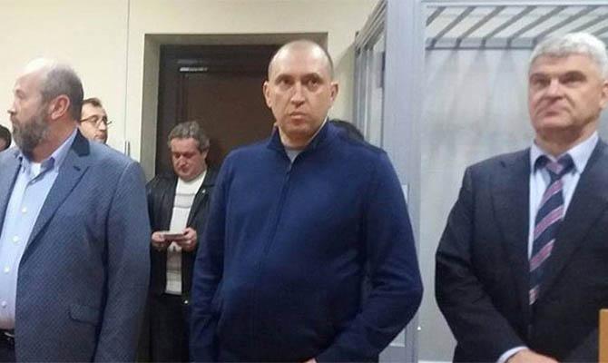 Суд продлил запрет бизнесмену Альперину выезжать за границу