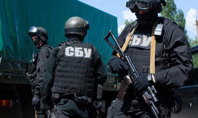 В Киеве СБУ задержала организатора межрегиональной группировки торговцев оружием