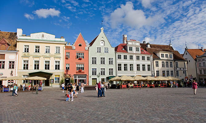 Рабочих из Украины хотят выслать из Эстонии за нарушение самоизоляции