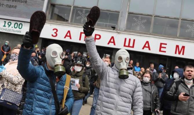 Власти Беларуси заявляют о внешнем вмешательстве и «цветной» революции