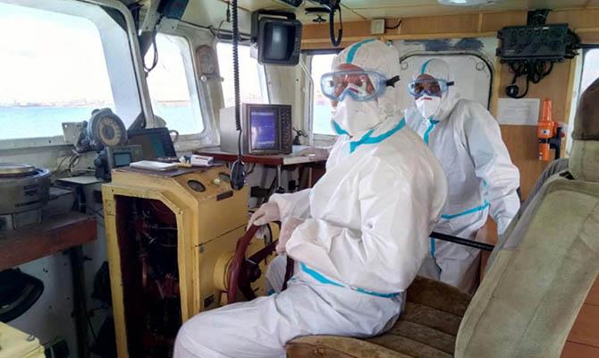 В порт Южный зашел греческий корабль — половина экипажа больна коронавирусом