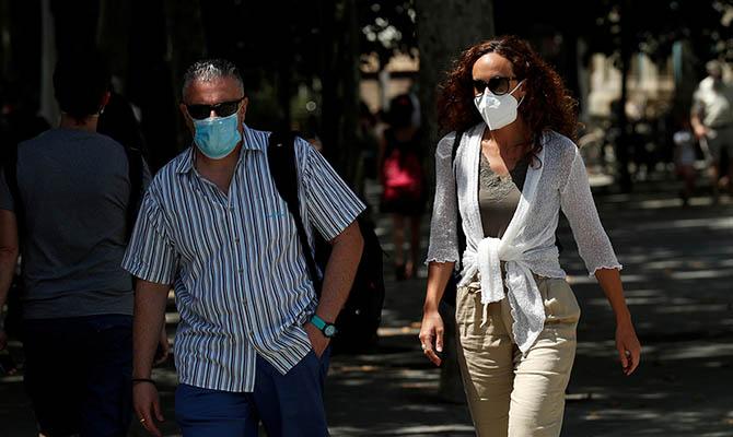 В Польше за сутки подтверждены 900 новых случаев коронавируса