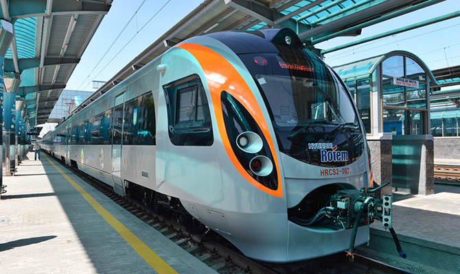 В госбюджет хотят заложить средства на покупку поездов