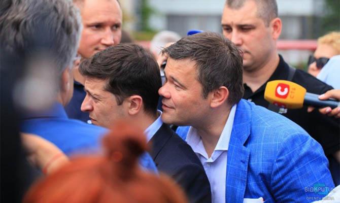 Богдан уверяет, что чиновники ОП тайно встречаются с Порошенко, а Зеленский превратился в Брежнева