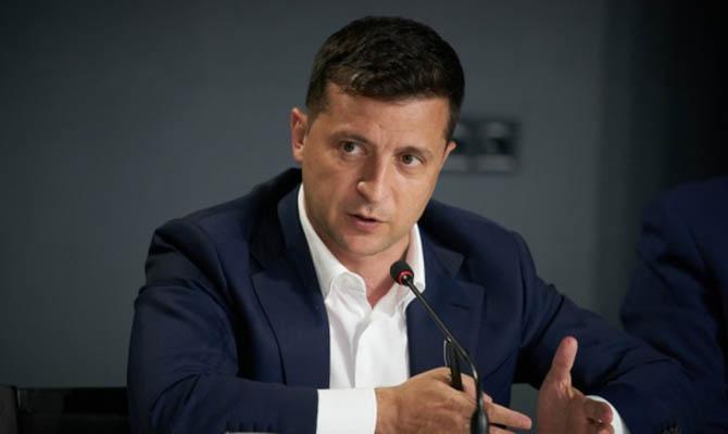 Зеленский потребовал «показательных посадок» после дела окоррупции вРаде