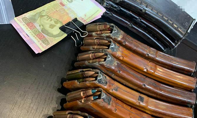 ГБР нашло незаконные боеприпасы в кабинете главного патрульного Донецкой области
