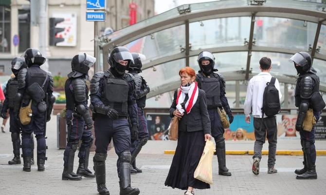 Латвия и Эстония опубликовали санкционные списки белорусских чиновников