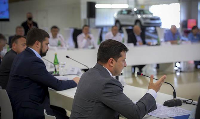 Зеленский ожидает принятия в ближайшее время закона об «инвестиционных нянях»