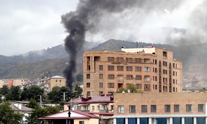 Столица непризнанного Нагорного Карабаха подверглась новому обстрелу