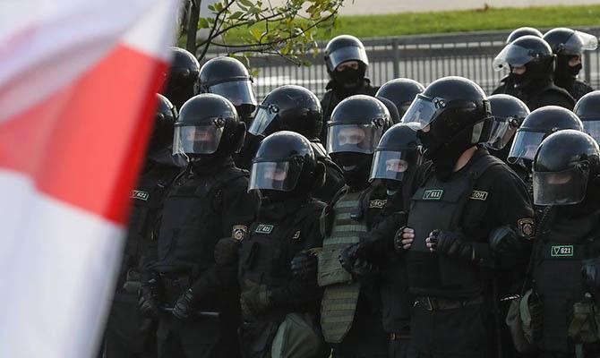 У Лукашенко готовы применить боевое оружие против участников акций протеста