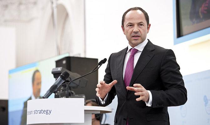 Тигипко планирует вывести Проминвестбанк с рынка